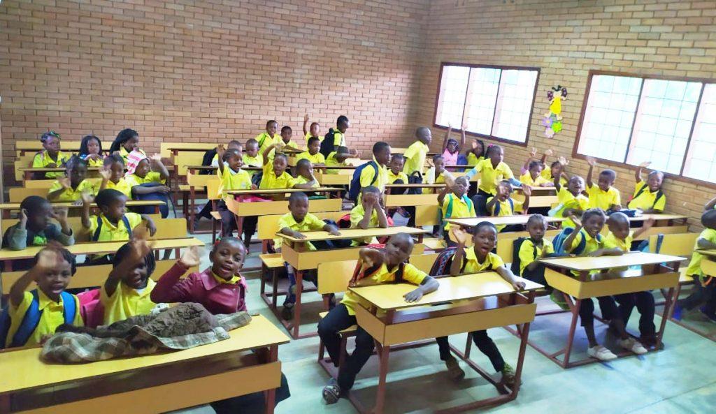 sala de aula Ide Africa